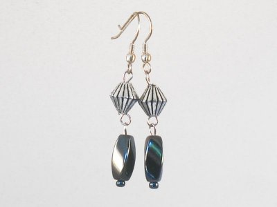 dark-desires-earrings