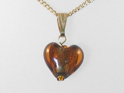 glowing-heart-necklace-amber