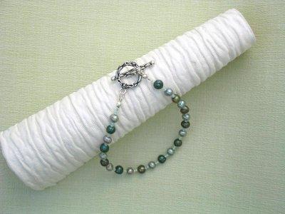river-of-pearls-bracelet