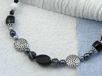 classic-black-necklace
