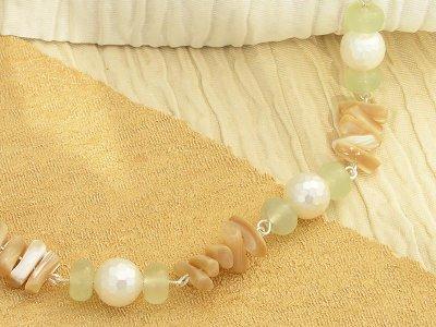 creme-caramel-necklace