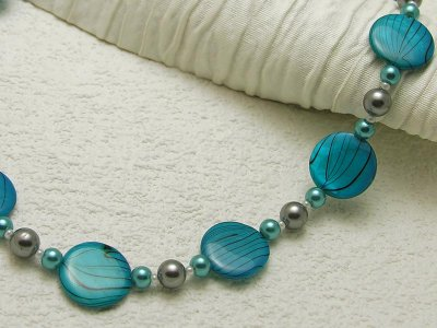 cyan-shell-swirl-necklace