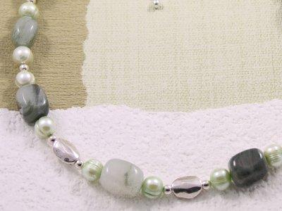 soft-green-moss-necklace