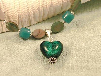 heartfelt-necklace