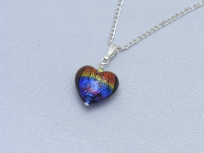 rainbow-heart-necklace