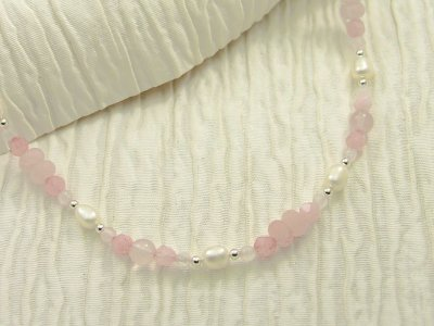 rose-blush-necklace