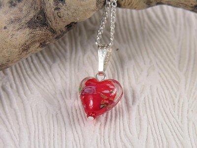 scarlet-rose-heart-necklace