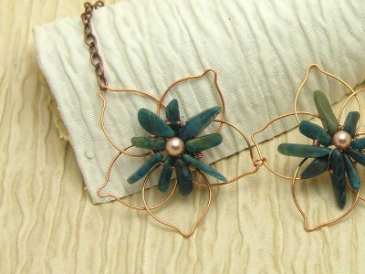 daisy-chain-apatite-necklace