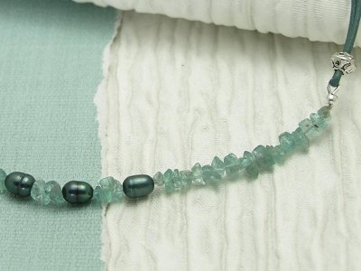 sea-foam-necklace