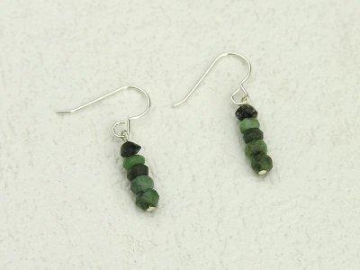 emerald-rondelle-earrings